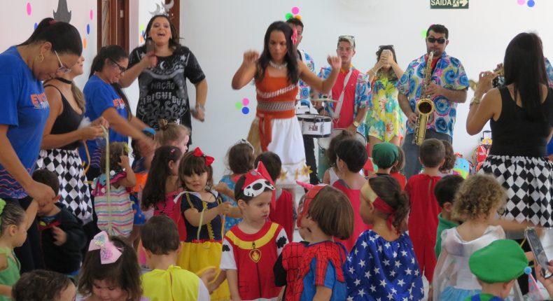 Baile de Carnaval - Educação Infantil